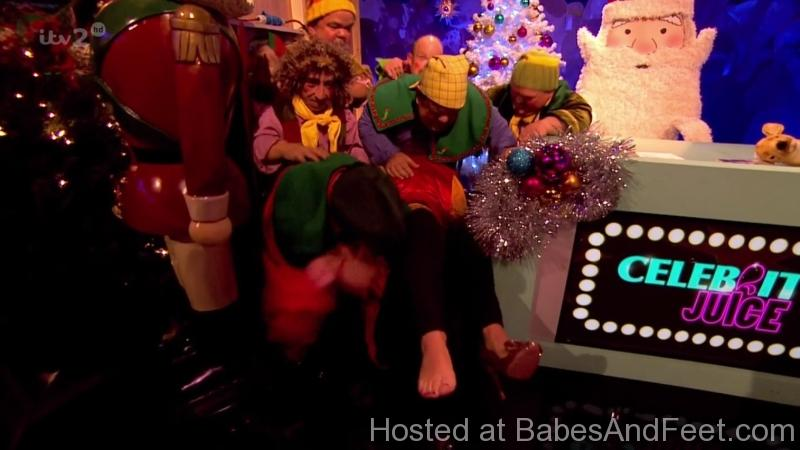 gorgeoushollywilloughbyfeetcelebrityjuice (3)
