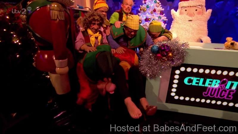 gorgeoushollywilloughbyfeetcelebrityjuice (4)